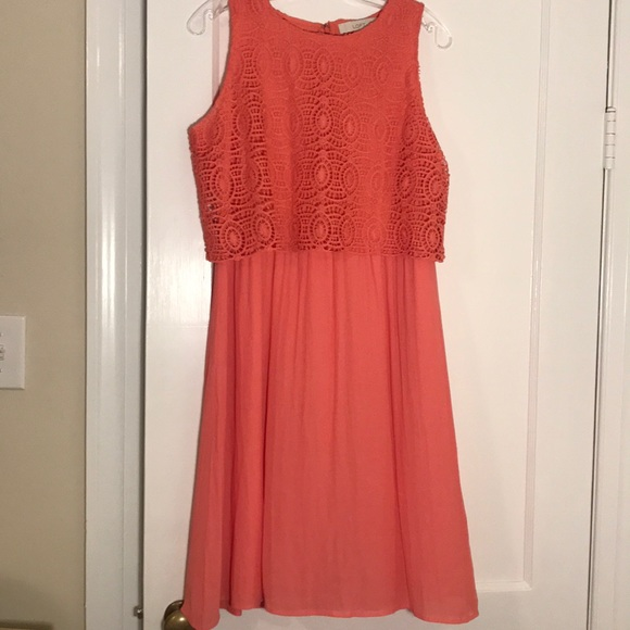 LOFT Dresses & Skirts - Beautiful Loft Coral Crochet Bodice Dress
